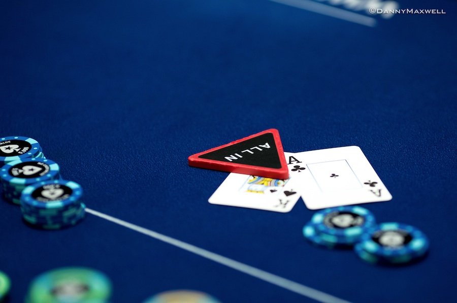 3 best books about poker that can help you in trading